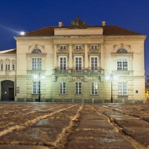 Pałac Tyszkiewiczów-Potockich, widok od strony kościoła Sióstr Wizytek.
