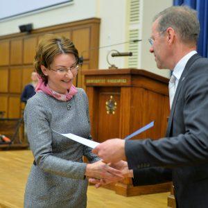 dr hab. Ewa Hoffmann-Piotrowska z Wydziału Polonistyki