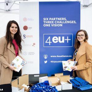 Stoisko 4EU+ Alliance podczas Dnia Otwartego UW 2019