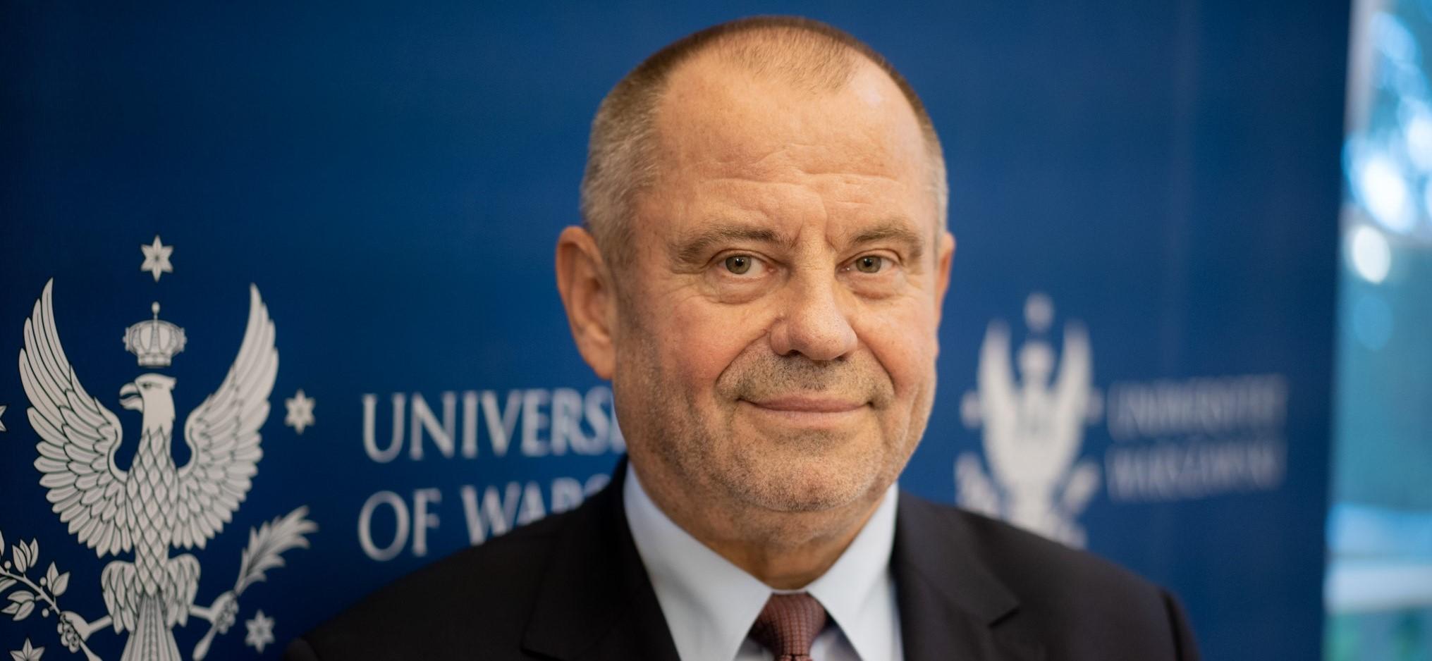 Zdjęcie prof. Alojzego Z. Nowaka, rektora UW