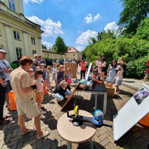 Obserwacje częściowego zaćmienia Słońca w OA UW. Fot. E. Zegler-Poleska.