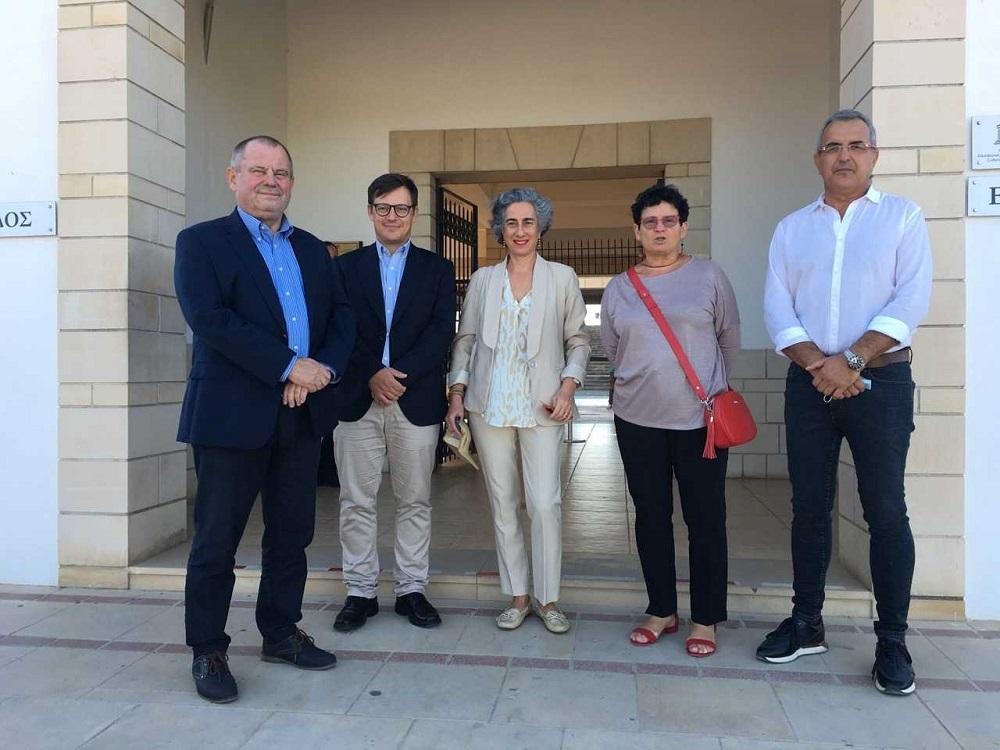 Powołanie w Pafos Stacji Badawczej CAŚ UW na Cyprze. Fot. Hubert